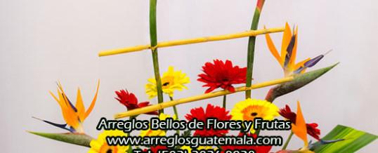 Flores con frutas para cumple