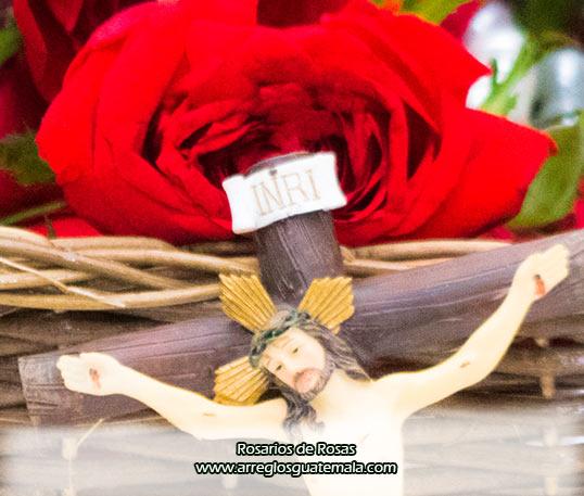 rosarios de rosas