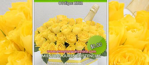 Rosas para dia del cariño con botella